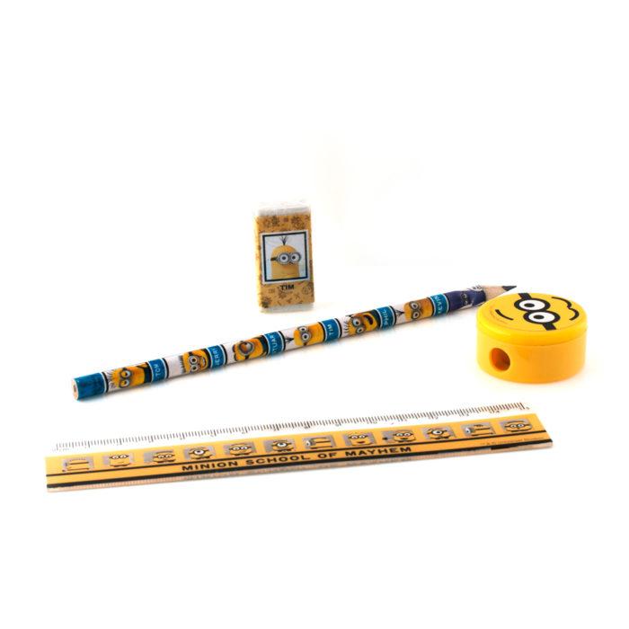 Minions potlood, pen, puntenslijper, liniaal en gum